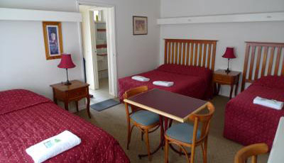 2 Bedroom Queen Suite